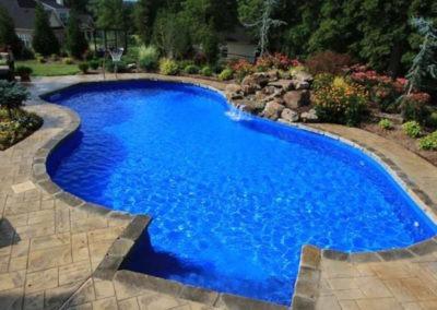 1080px-blue_free-form_vinyl_swimming_pool