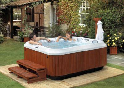 2-Person-Hot-Tub