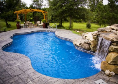 800x600-viking-pools-freeform-cancun-27a
